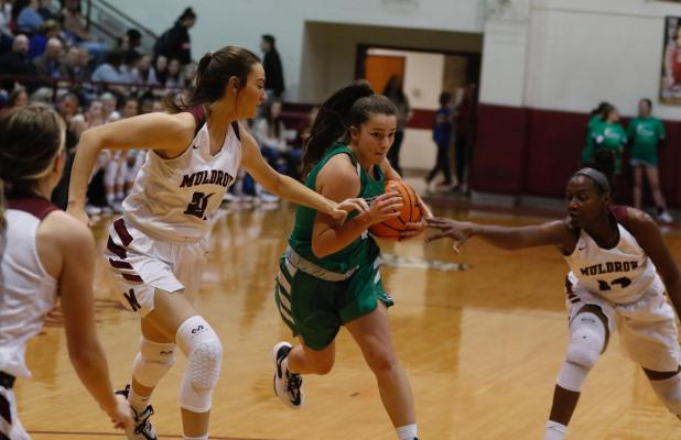 Lady Bulldogs Improve to 10-3 with 3 Wins