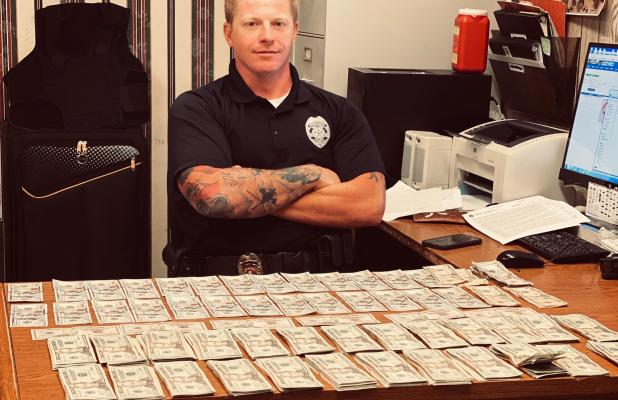 Roland Police Confiscate  over $15,000 in Traffic Stop