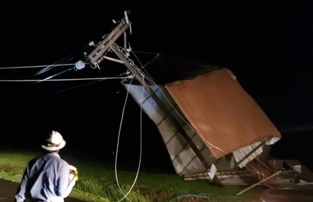 Storm, Strong Winds Knock out Electricity